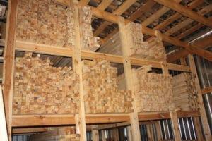 Пиломатеріали використовувані для будівництва сходів, склад Ліс Кодра